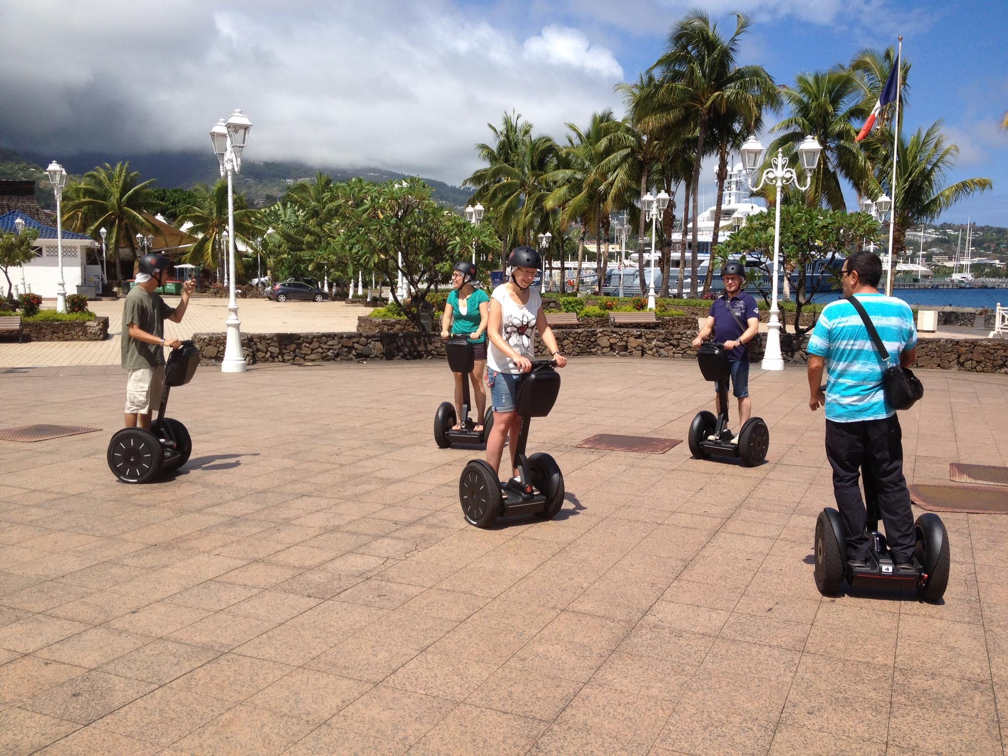 Place Vaiete en Segway à Papeete - Tahiti